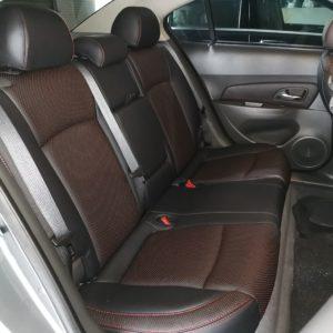 Chevrolet Cruze 2010 (Black & Red Dot)