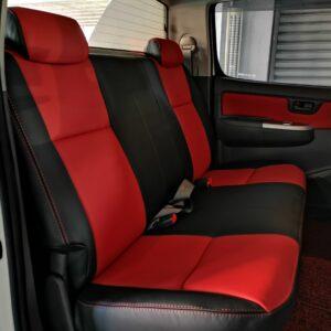 Toyota Hilux 2003 (Nappa Black & Red)