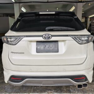Toyota Harrier 2014 in E-Nappa Black and Maroon with Diamond Shape Design