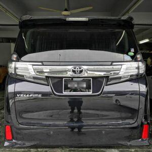 Toyota Vellfire 7 seater 2016 (E-Nappa Black with Diamond Shape Design)